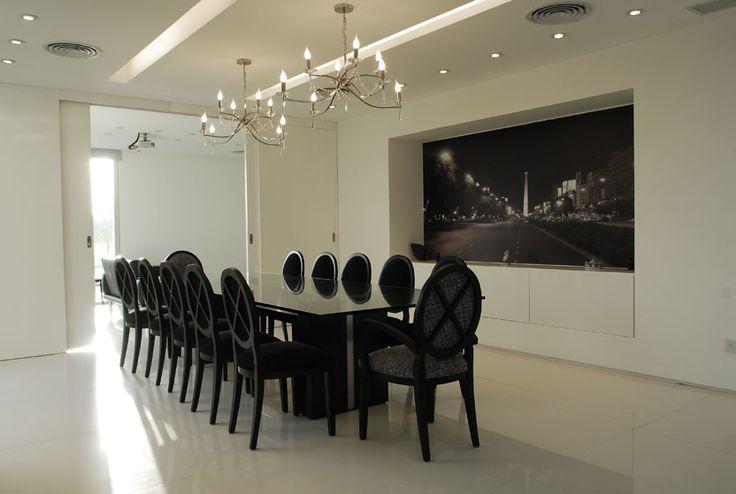 #Luz #Iluminación #Espacios #Disenio Pilar House  http://vanguardaarchitects.com/es/what-we-do.php?sec=house&project=38