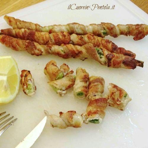 Involtini di cipollotto e pancetta http://www.ilcuoreinpentola.it/ricette/involtini-di-pancetta-e-cipollotti/