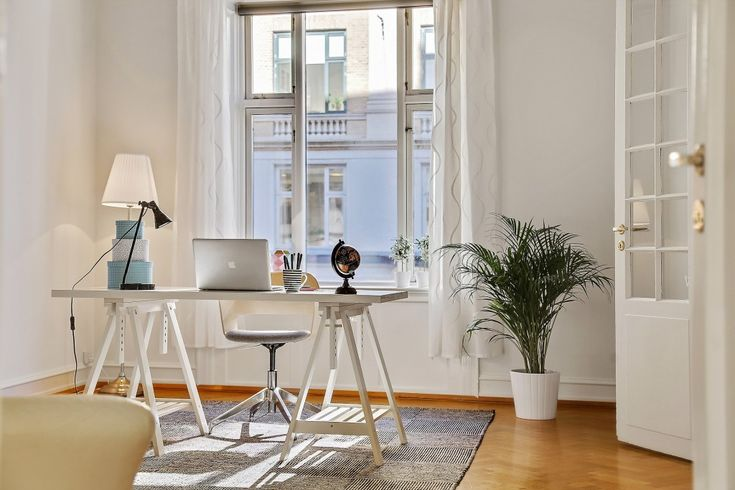 Vacant apartment in Copenhagen was staged to sell by Busy Bees.
