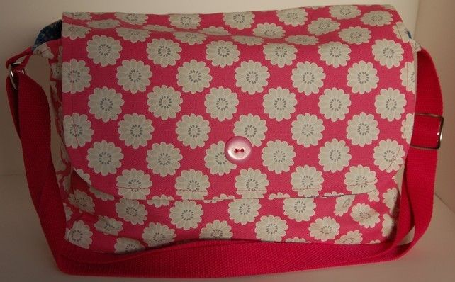 Pink Flower Print Handbag £25.00