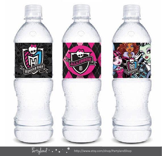 Etiquetas para botellas de fiesta con nombre personalizable - Fichero digital  Monster High Printable water bottle label - 3 Different Designs. $8.95, via Etsy.