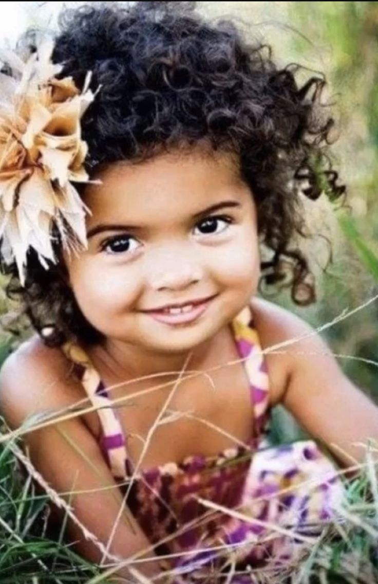 Super cute little girl!!!