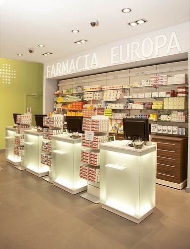 Pharmacy Design Ideas modern drug store design ideas with interior lighting Fotos Proyectos Realizados Store Retail Design Mobilm