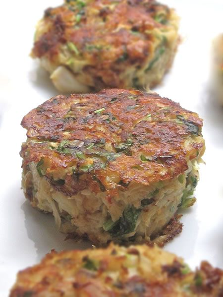 Spicy Crab Cakes with Cucumber Vinaigrette