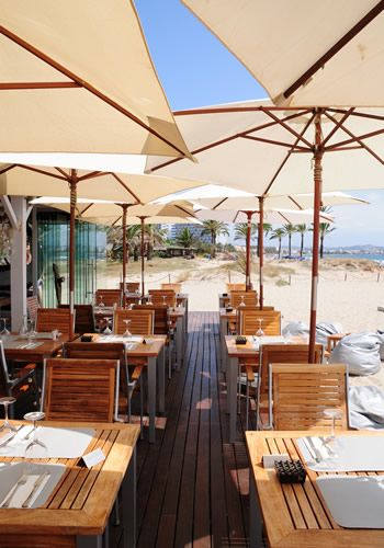 Ibiza restaurant Nassau Beach Club, luxury dining by the beach