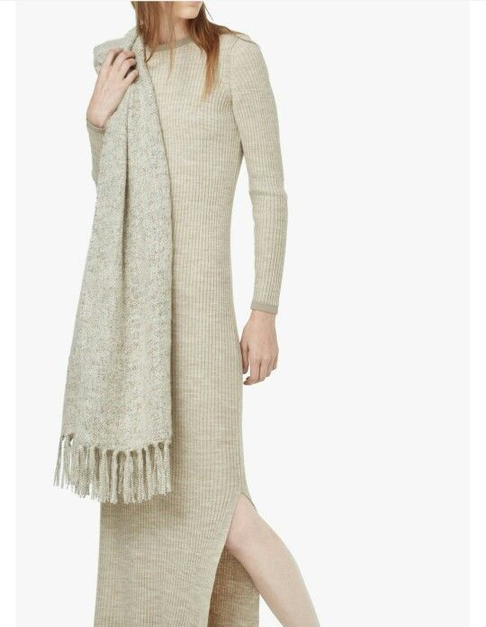 Confortable and warm dress for winter