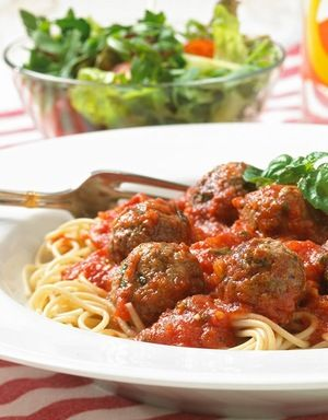 Kjøttboller med spagetti | www.greteroede.no | Oppskrifter | www.greteroede.no