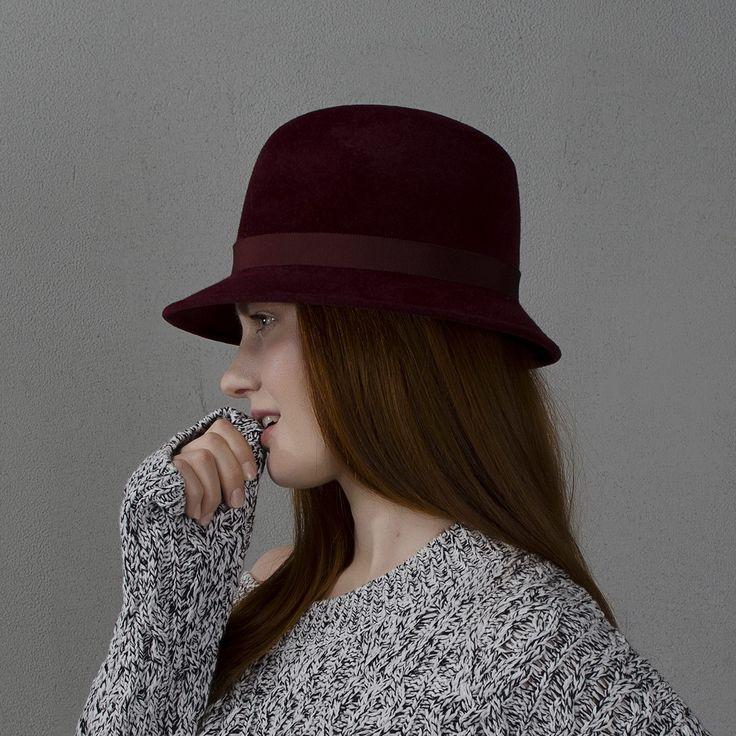 Burgundy fedora hat / Шляпа федора бордового цвета  fotralehats.com фото photo hats lookbook