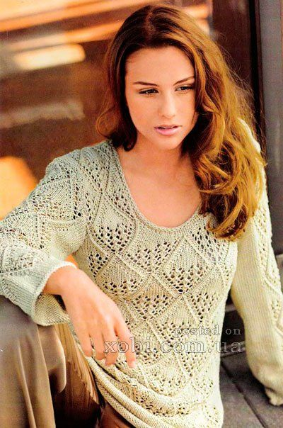 удлинённый пуловер с ромбовидным узором