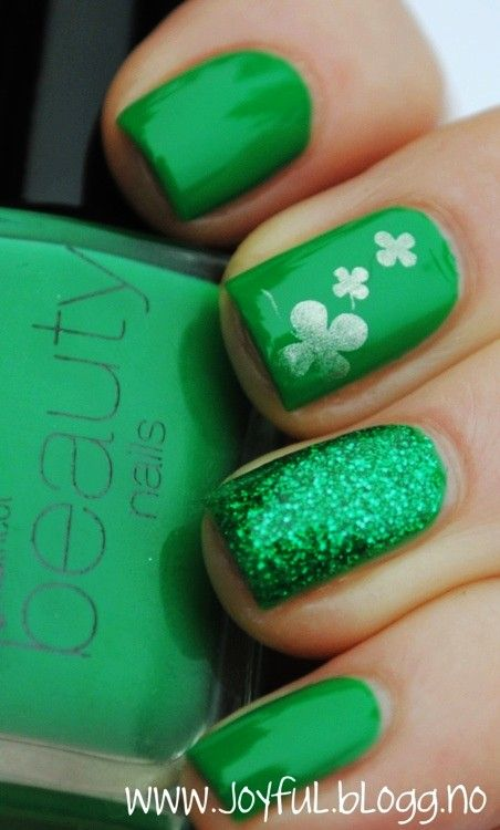 St. Patrick's Day nail idea, #nailart CLICK.TO.SEE.MORE.eldressico.com