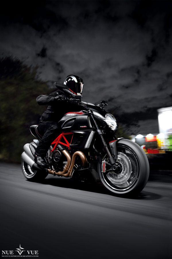 Ducati Diavel: Cars Motorcycles, 2W1L Motorcycles, Ducati Diavel, Diavel Rig, Rig Shot, Cars Bikes Boats, Big Bikes Ducati