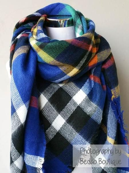 Everyone's favorite scarf to wear all fall and winter! It's THE trendiest scarf of the season. Gorgeous colors and amazingly soft scarf to keep you cozy and warm. The generous cut offers endless ways to drape, twist, and wrap according to your outfit. These make a wonderful gift for yourself or your loved ones...blanket scarf, plaid scarf, oversize scarf, zara scarf, tartan scarf, blanket scarves