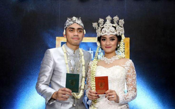 Berita Selebriti: Resmi Menikah, Ayudia Bing Slamet dan Ditto akan Bulan Madu di Mall? - http://www.rancahpost.co.id/20150940400/berita-selebriti-resmi-menikah-ayudia-bing-slamet-dan-ditto-akan-bulan-madu-di-mall/
