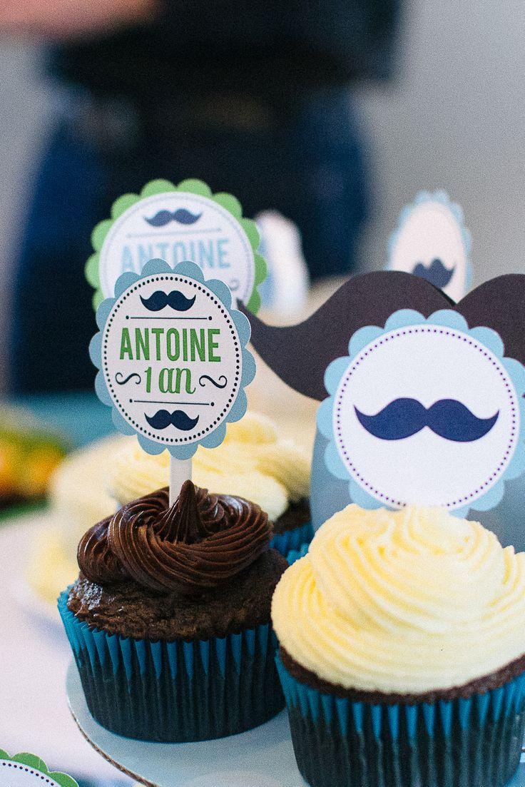 cupcake mustache birthday party - petits gâteaux moustache fête d'enfants