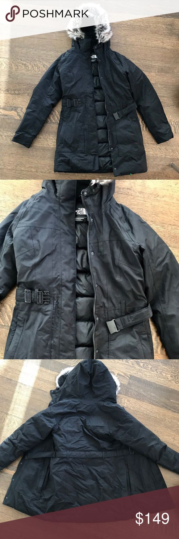 Women's North Face Brooklyn Park down coat Size XS Little used (worm only a few times), in perfect condition showing no sign of wear North Face Brooklyn Parka- women's down coat size xs  Retail price $279 + Tax North Face Jackets & Coats