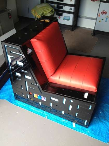 Ultimate Pacman Space Invaders Gaming Chair With Speakers