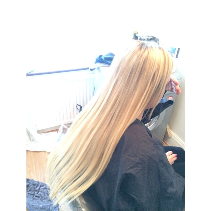 highlights i did at home  using bleach and 12.01 with 6% then adding full head of hair exentions
