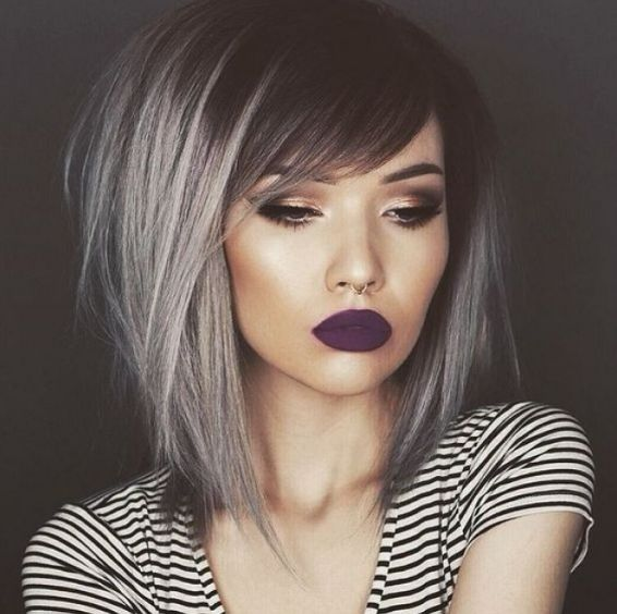 23 fotos de cabelo cinza que vão te convencer a correr para o salão