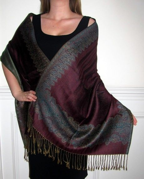 Unique design of #Pashmina #shawls available in yourselegantly. Visit http://goo.gl/i6TwcH for pashmina
