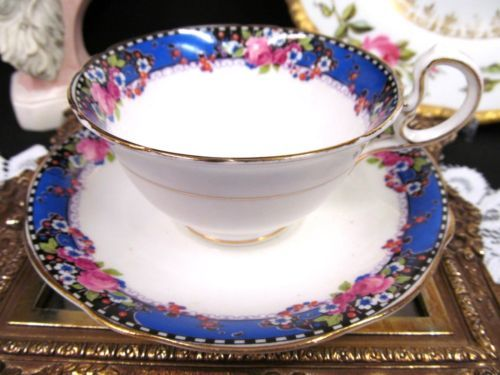 AYNSLEY TEA CUP AND SAUCER PURPLE BAND & PINK ROSE PATTERN TEACUP LOW DORIS