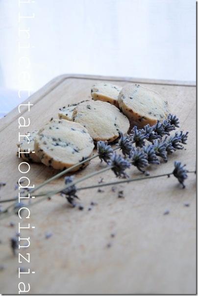 Biscotti alla lavanda - Lavender Cookies