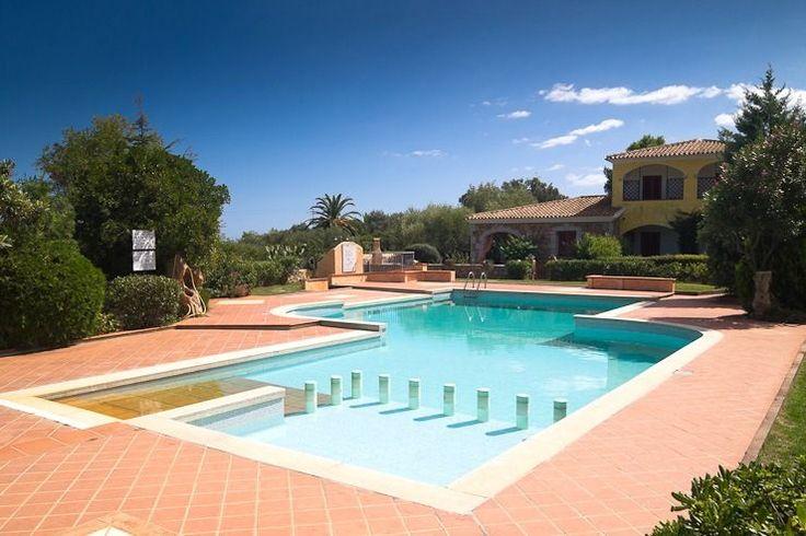 san teodoro monte petrosu bivano in residence con piscina - Cento Case Sardegna