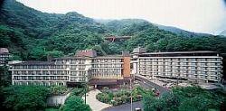 箱根 ホテル南風荘は、全てに安心。リピーターには、檜の露天風呂付き客室が人気!  箱根湯本温泉:露天風呂のある人気おすすめ旅館・ホテル