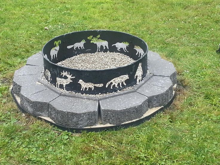 Amazon.com : Landmann 28312 28-Inch Big Sky Steel Fire Ring : Fire Pit : Patio, Lawn & Garden