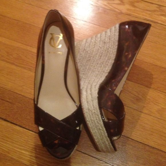 Vince Camuto Signature tortoise espadrilles Beautiful tortoise shell espadrilles with 4.5 inch heel from Vince Camutos Signature collection.  Great condition. Vince Camuto Shoes
