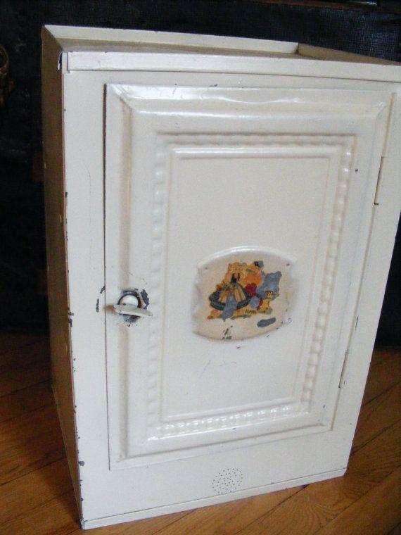antique pie safe for sale craigslist woodworking projects plans. Black Bedroom Furniture Sets. Home Design Ideas