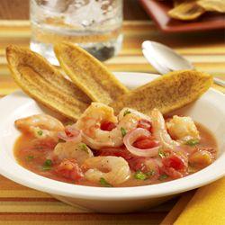 Receta de ceviche de camarones con los sabores tradicionales de la cebolla roja, el cilantro y el frescor cítrico de los jugos de limón verde y naranja
