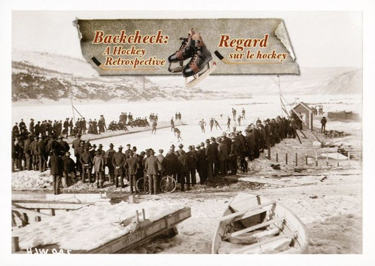 2. Partie de hockey sur une patinoire extérieure entourée de spectateurs  Des matchs comme celui-ci, à Dawson (Yukon) en 1901, ont probablement donné à l'entrepreneur minier Joe Boyle l'inspiration de former une équipe de hockey; celle-ci a tenté de remporter la Coupe Stanley en 1905. #CartesDeHockey