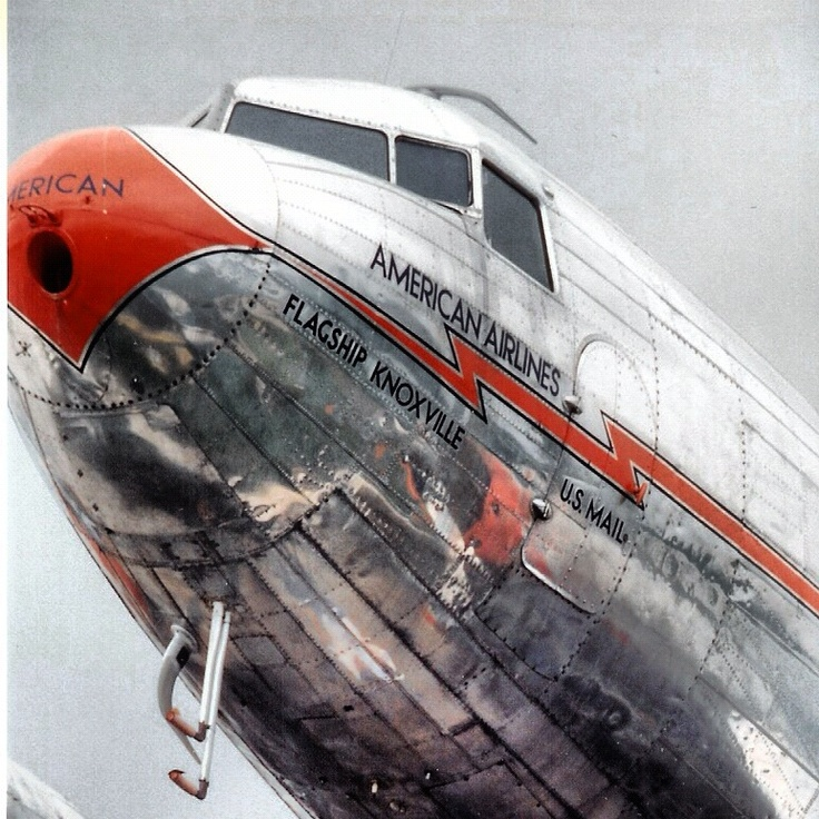 DC-3 Flagship Knoxville of American Airlines
