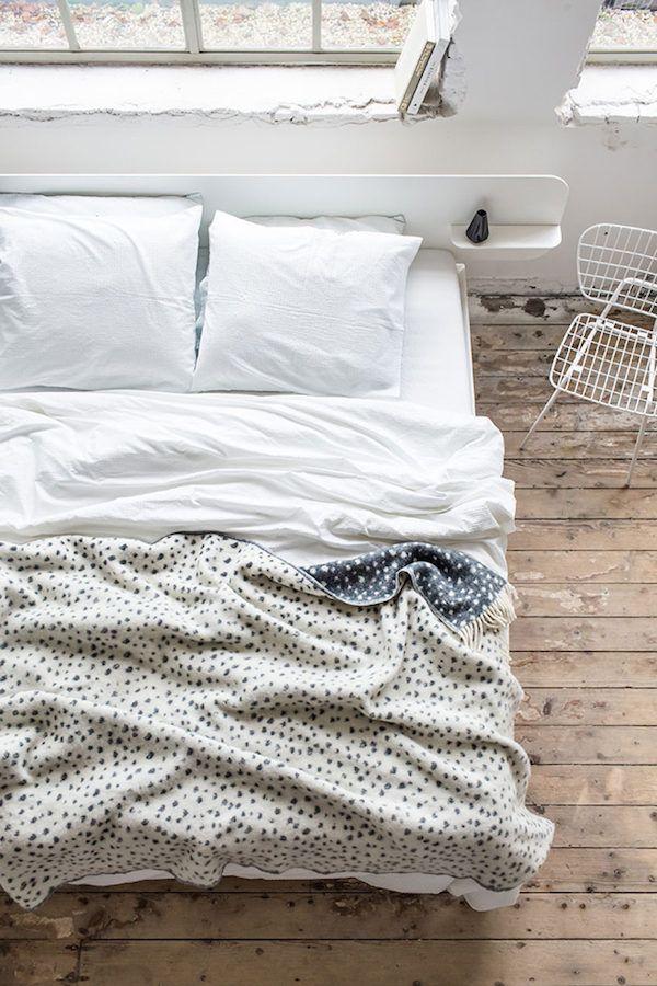 Cosy dotty blanket ....dreamy bedroom inspiration! / Crisp Sheets.