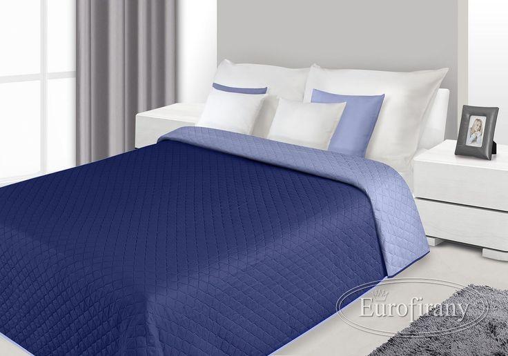Narzuty dwustronne w kolorze granatowym na łóżko
