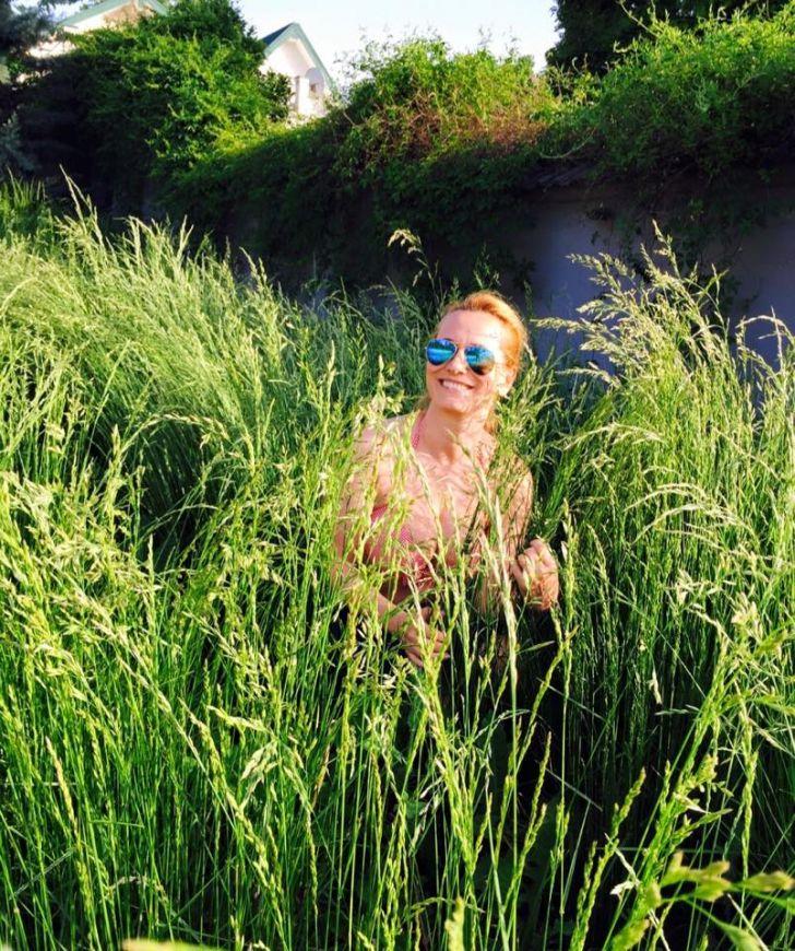 Andreea Esca s-a pozat în costum de baie. Fotografia cu care şi-a cucerit fanii