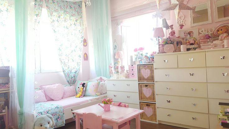 Pink-ment little girl room decor spring