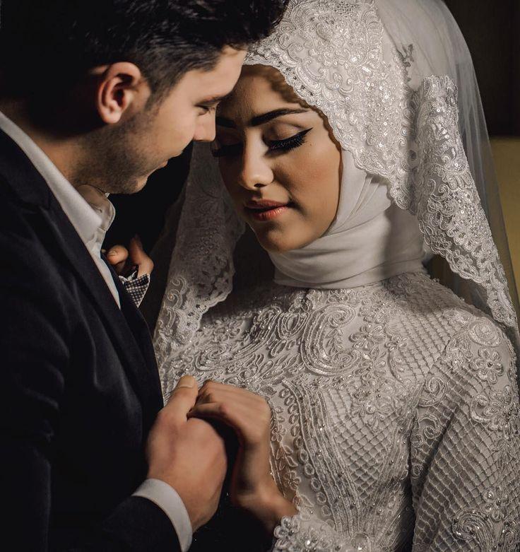 Aşkla tutulan ellerin hiç bırakılmaması temennisiyle..