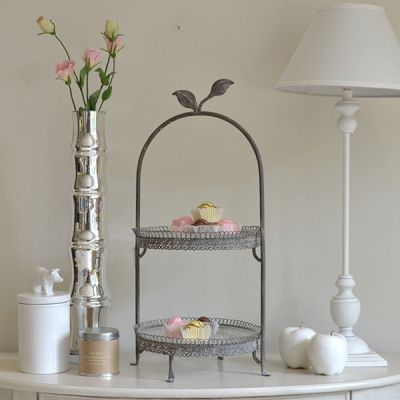 Little leaf two tier cake stand.