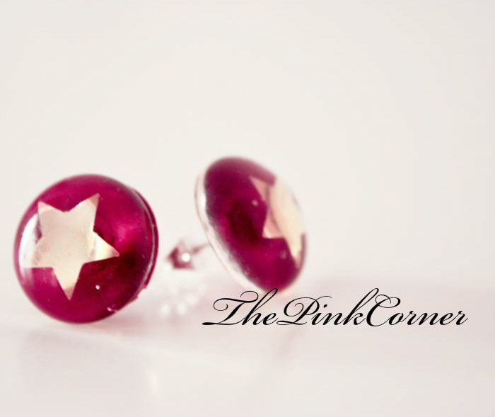Crystal clear resin stud earrings with shiny golden stars  https://www.facebook.com/media/set/?set=a.801464386550439.1073741840.181333861896831&type=1