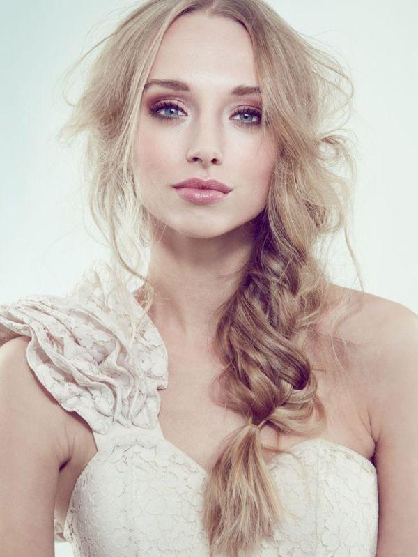 de superbes idées de maquillage de mariée et coiffures de mariée magnifiques