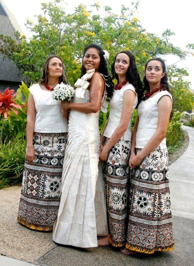 Modern Fijian bridal dress and bridesmaids dresses. The ...  Modern Fijian b...