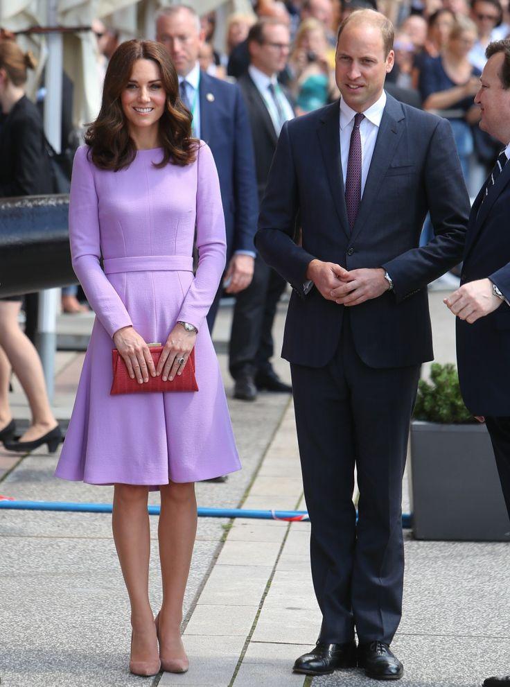La duquesa Kate en la costumbre de Emilia Wickstead en Hamburgo: encantadora y vibrante?