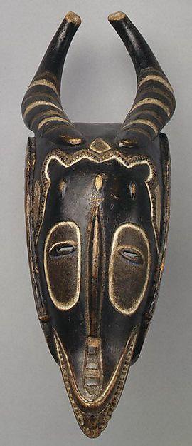 Antelope Mask (Zamble) - 19th–mid-20th century -  Côte d'Ivoire, central Côte d'Ivoire  - Guro - Wood, pigment