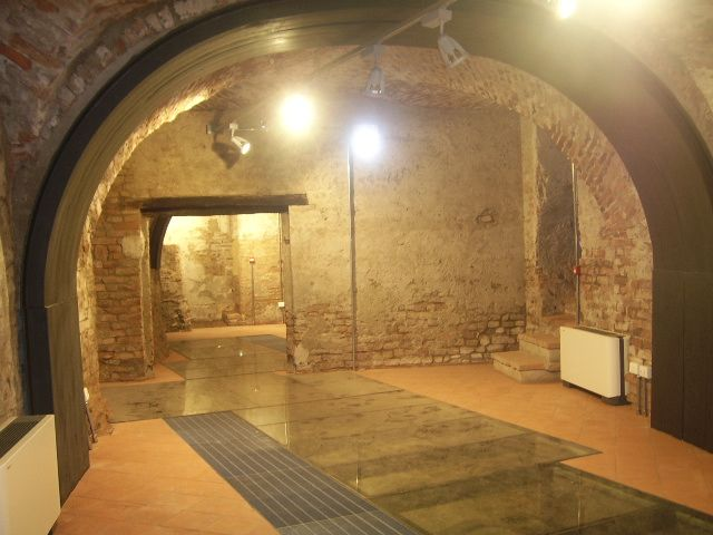 Oltre 1000 idee su bagno seminterrato su pinterest for Idee di rimodellamento seminterrato