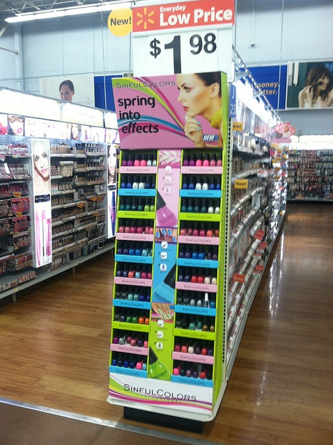 Sinful Colors endcap - another fabulous General DisplayWorks display.