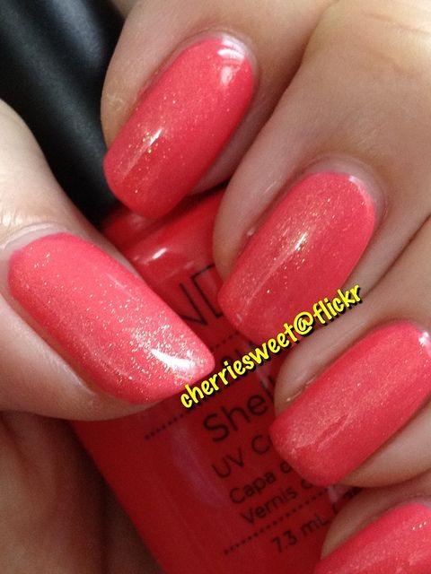 CND Shellac layering Gold VIP Status (1 coat) over Tropix (2 coats) by Cherriesweet