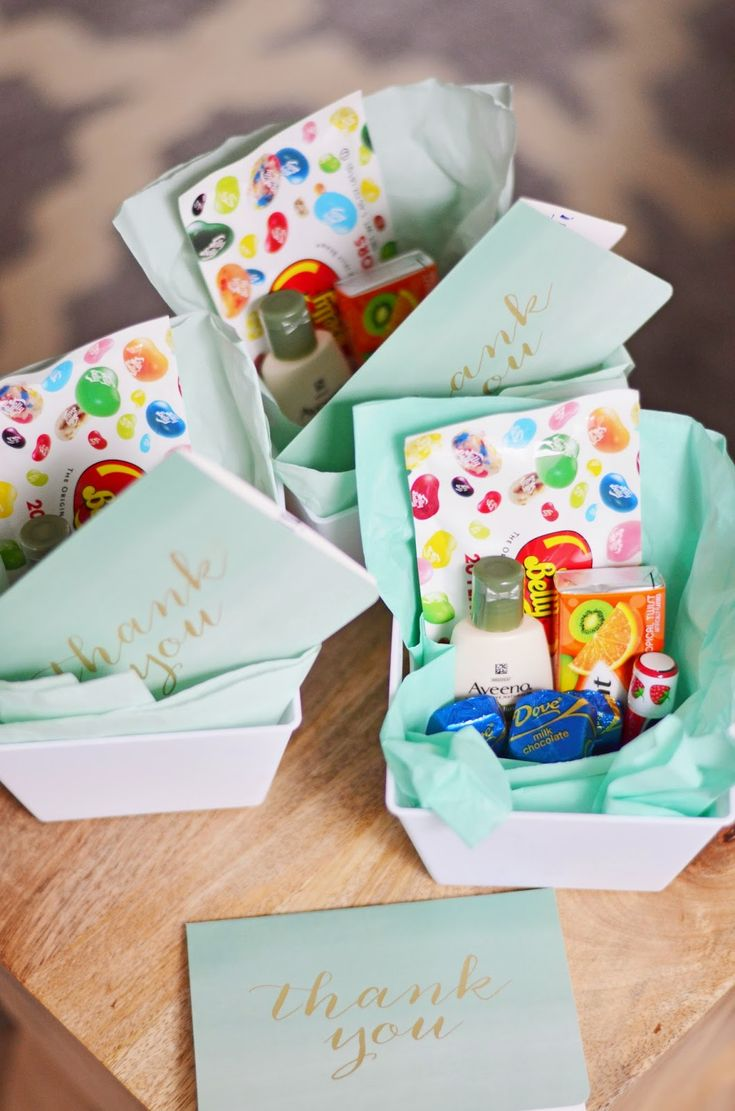 Thank you gifts for labor and delivery nurses when giving birth. Under $20 for 6 gift sets.