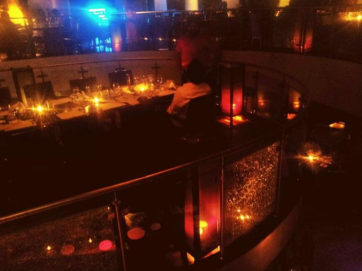 Q'BA - Want to just enjoy drinks with friends? This lounge has the perfect atmosphere for that #NewDelhi