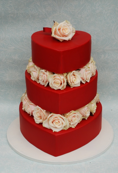 Love this cake, but in different colors!